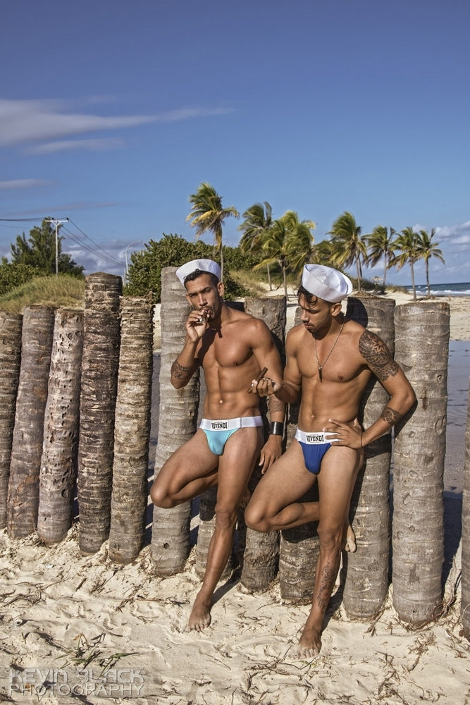 The Honeybrown Twins at Mi Cayito Part 2 #10