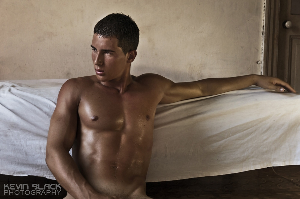 Enriques Striptease  #48