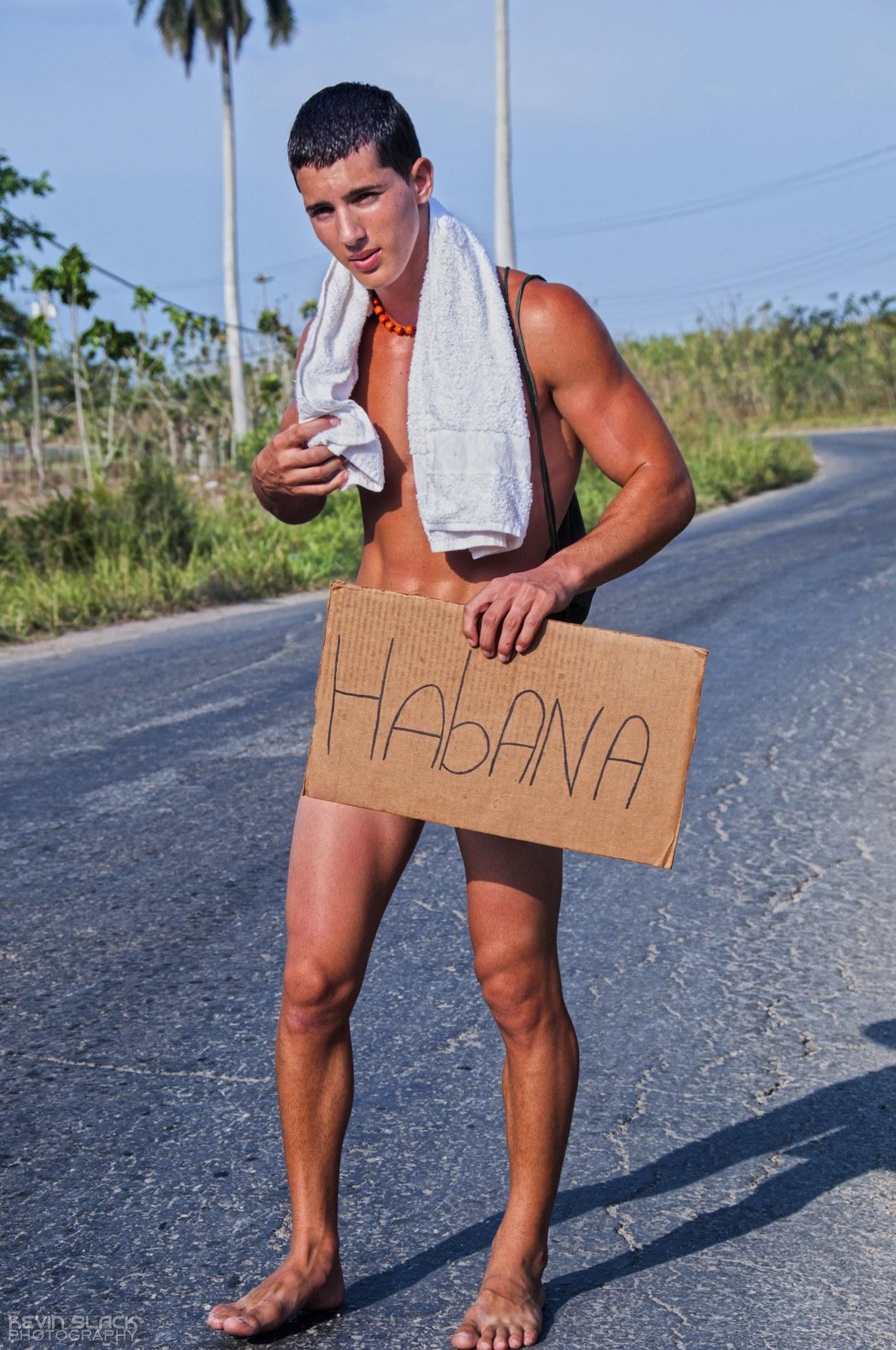 Hitchhike Habana Outtakes #17