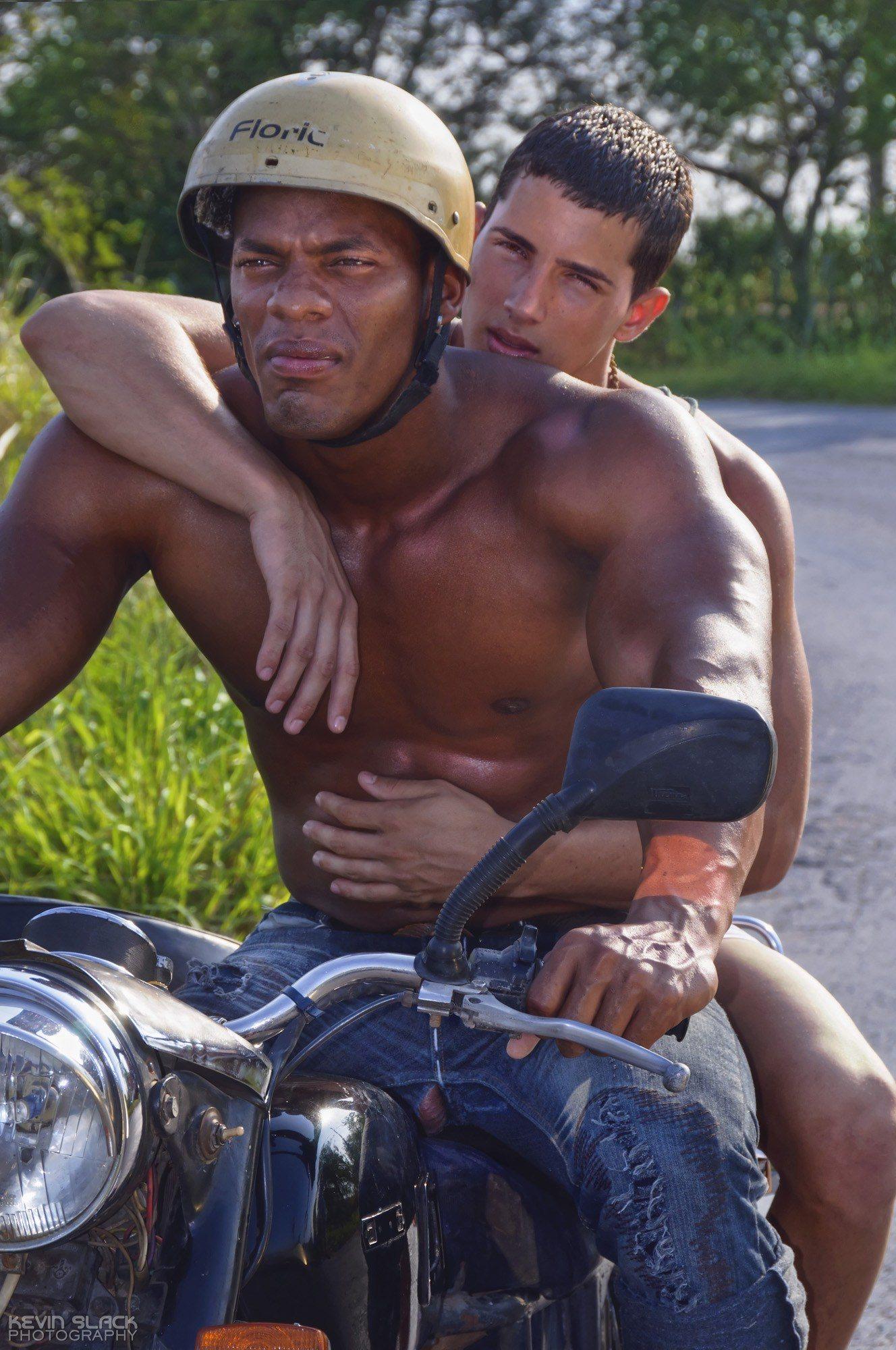 Hitchhike Habana Outtakes #41